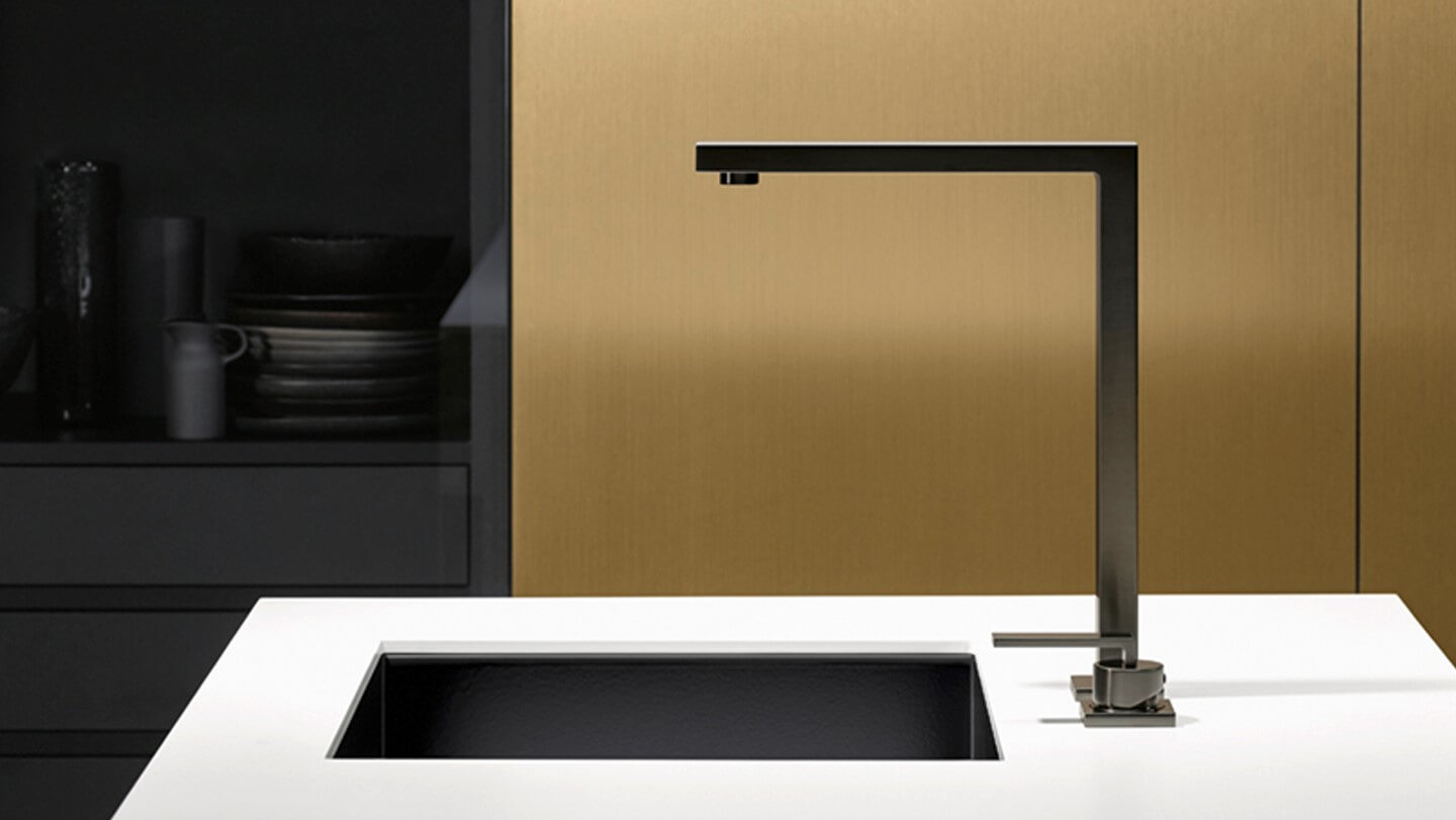 Dornbracht LOT Dark Platinum matt Cuisine inspiration