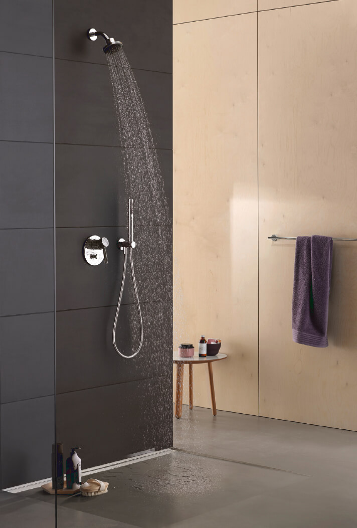 Dornbracht Modern Shower Meta02 chrome Luxury Bathroom Inspiration 2