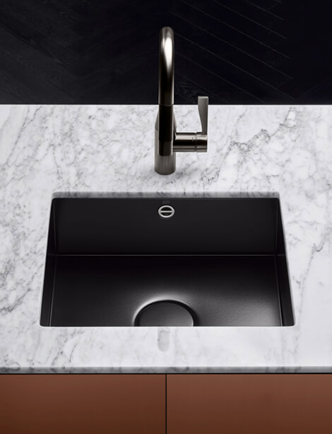 Dornbracht Glazed steel sink black matte Kitchen Inspiration
