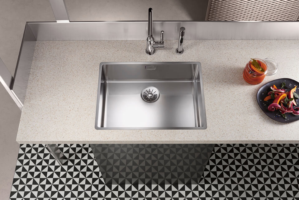 Dornbracht Polished stainless steel sink Kitchen Inspiration