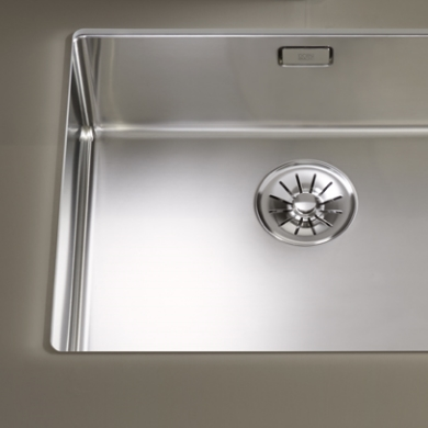 Dornbracht Kitchen polished steel sinks square